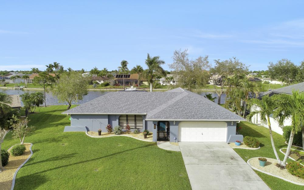 1019 SE 4th St Cape Coral - Home For Sale 1910848531