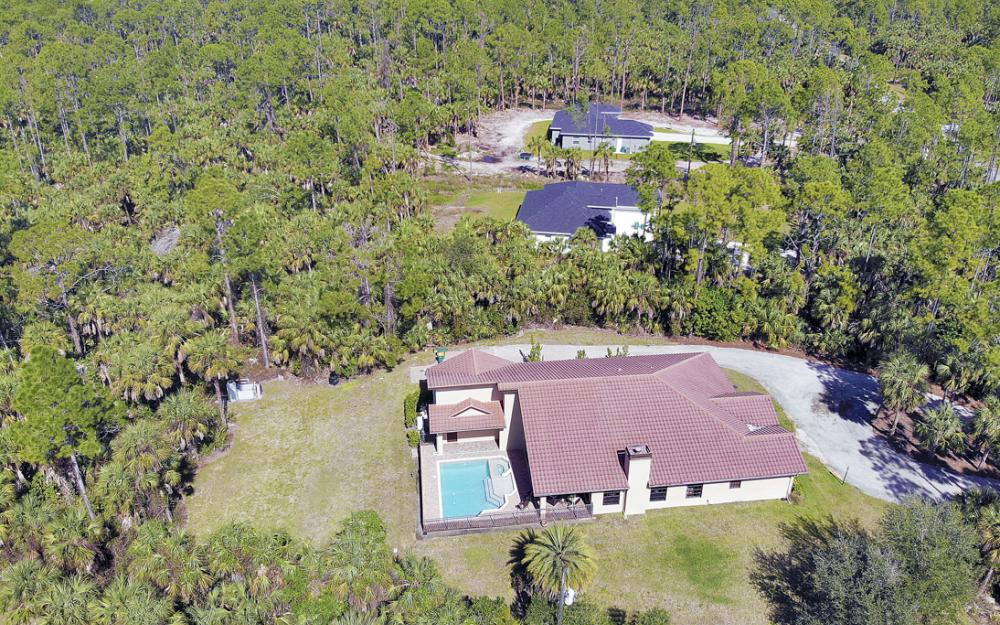 561 1st St NW, Naples - Home For Sale 936925848