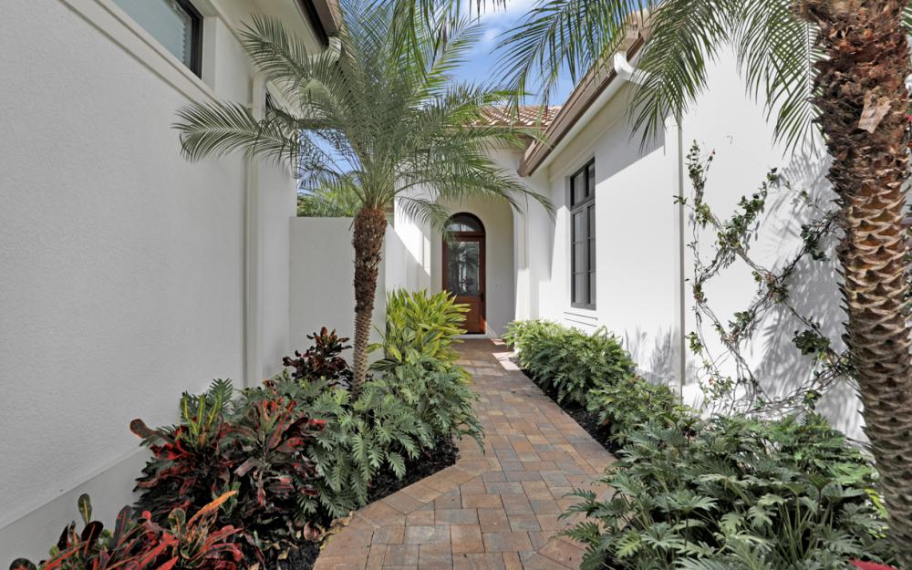 16432 Talis Park Dr, Naples - Home For Sale 738058612