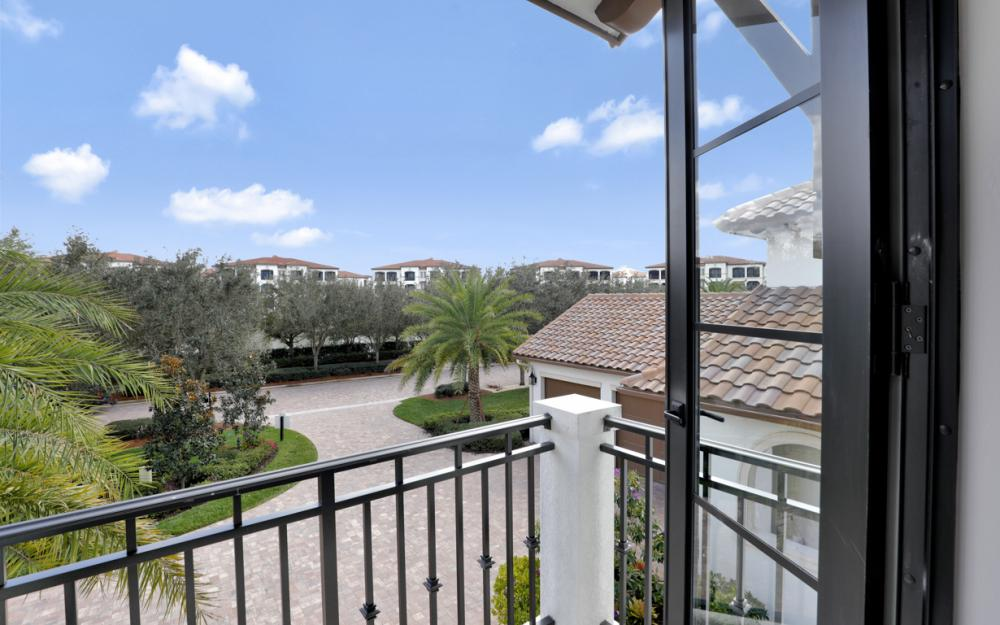 16456 Talis Park Dr, Naples - Home For Sale 621923310