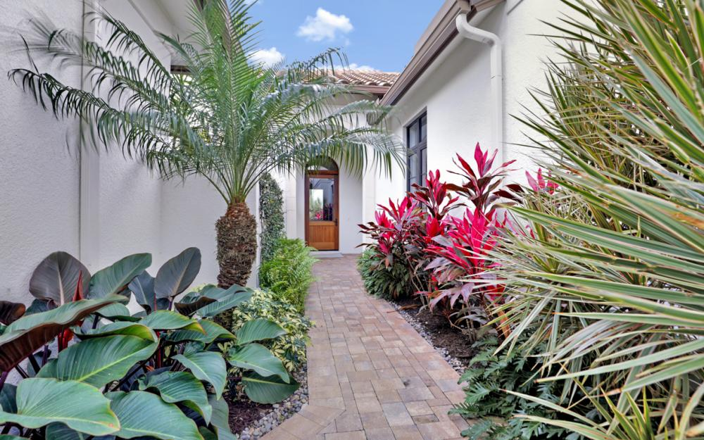 16456 Talis Park Dr, Naples - Home For Sale 5247779