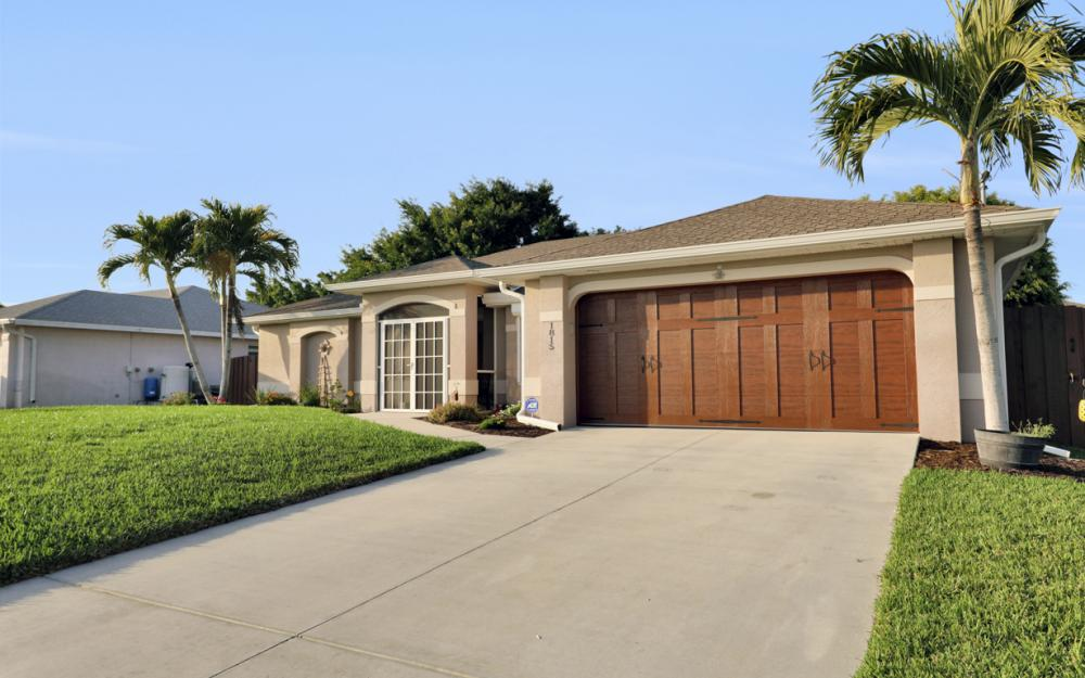 1815 SW 27th St, Cape Coral - Home For Sale 1247821176
