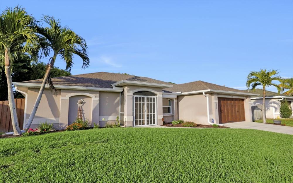 1815 SW 27th St, Cape Coral - Home For Sale 962997786