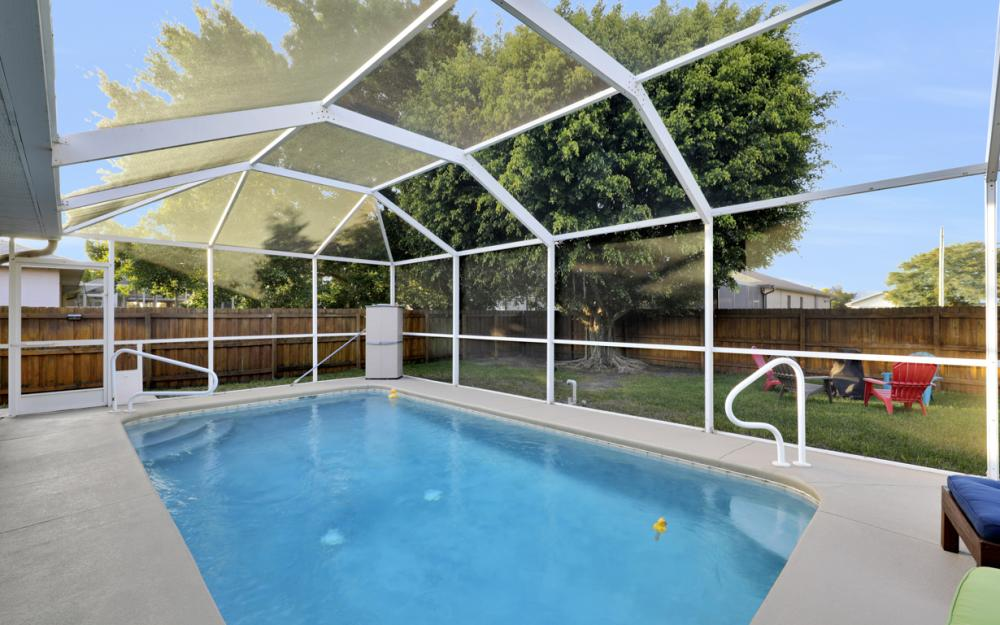 1815 SW 27th St, Cape Coral - Home For Sale 821484559