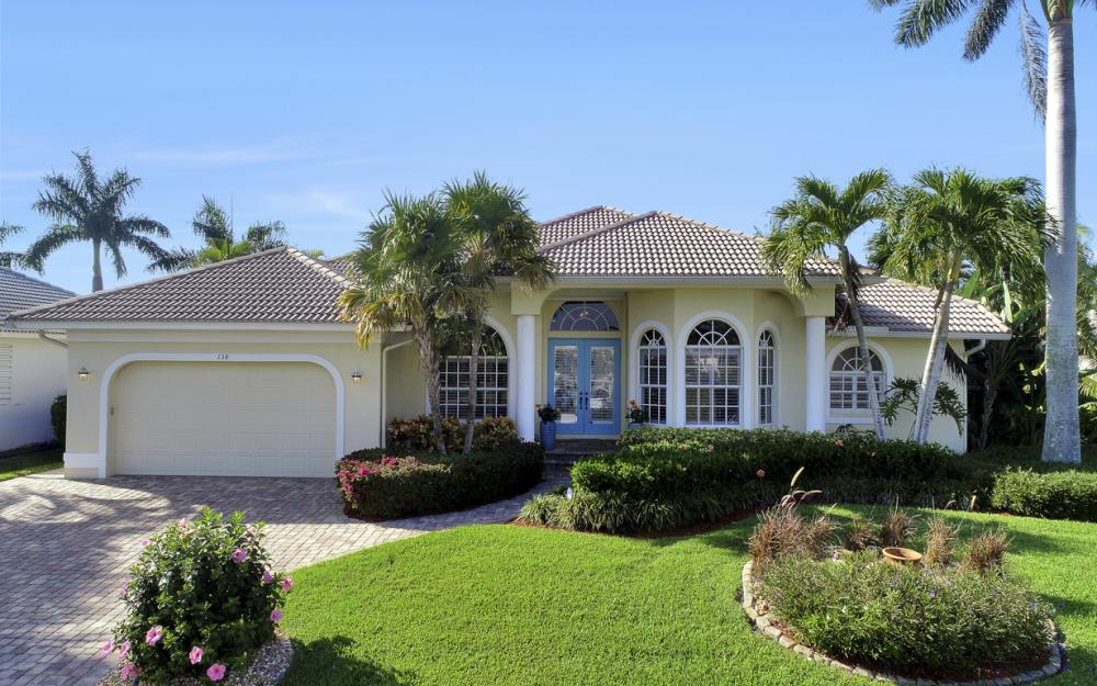 138 Peach Ct, Marco Island - Home For Sale 1040662521