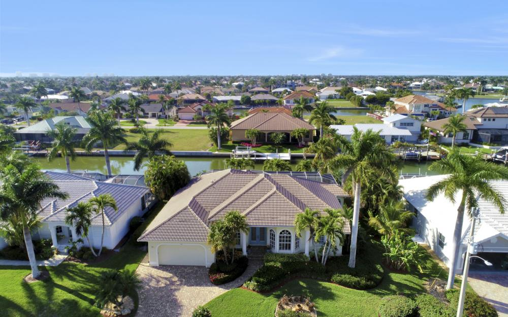 138 Peach Ct, Marco Island - Home For Sale 939047187