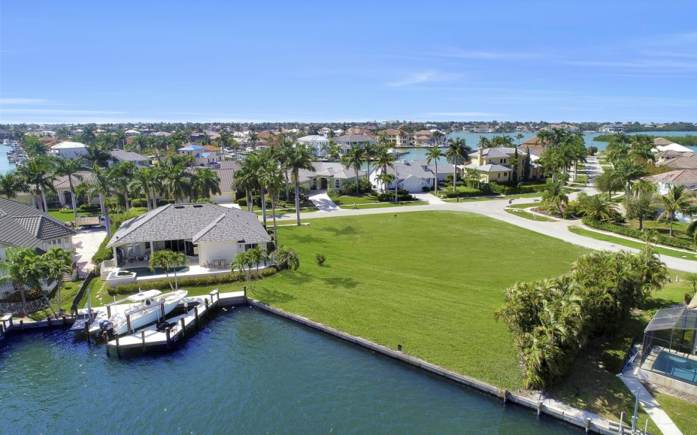 700 Rockport Ct, Marco Island - Lot For Sale 780968937