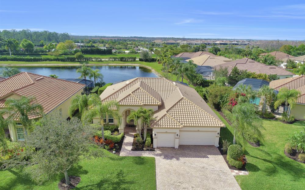 9746 Nickel Ridge Cir, Naples - Home For Sale 1204797007