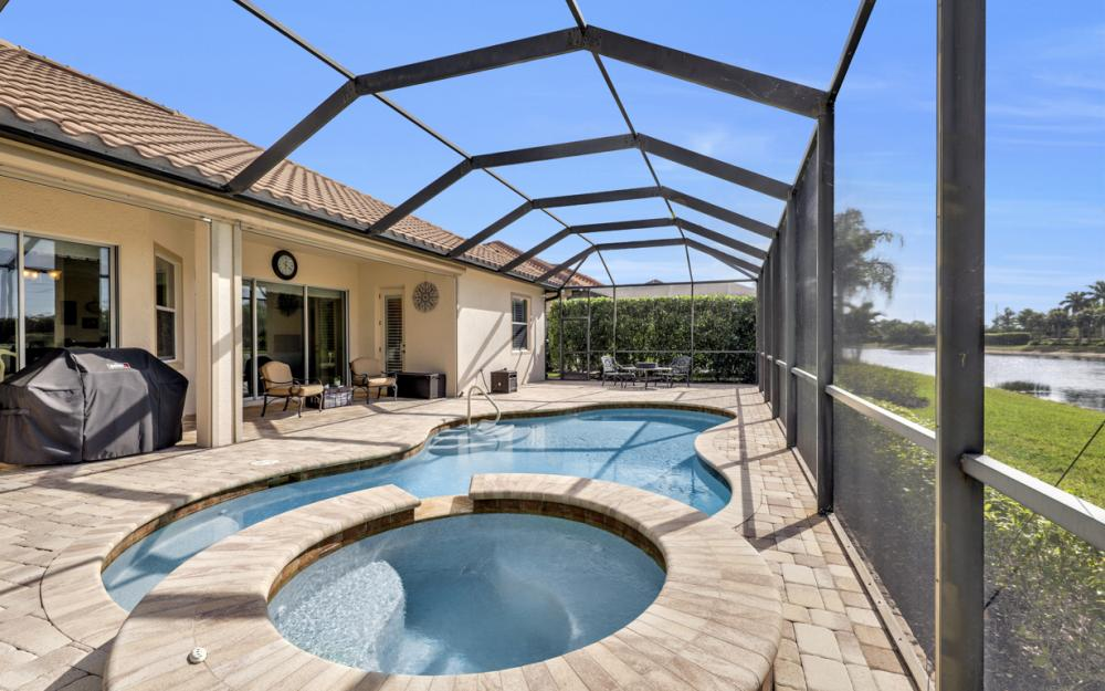 9746 Nickel Ridge Cir, Naples - Home For Sale 402264768