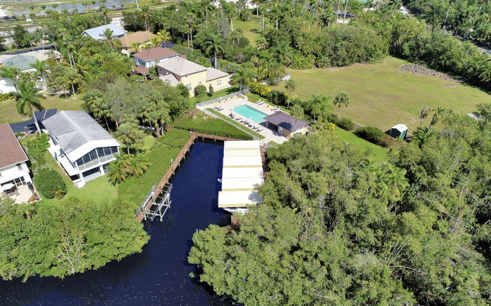 7671 Victoria Cove Ct, Fort Myers - Home For Sale 121852335