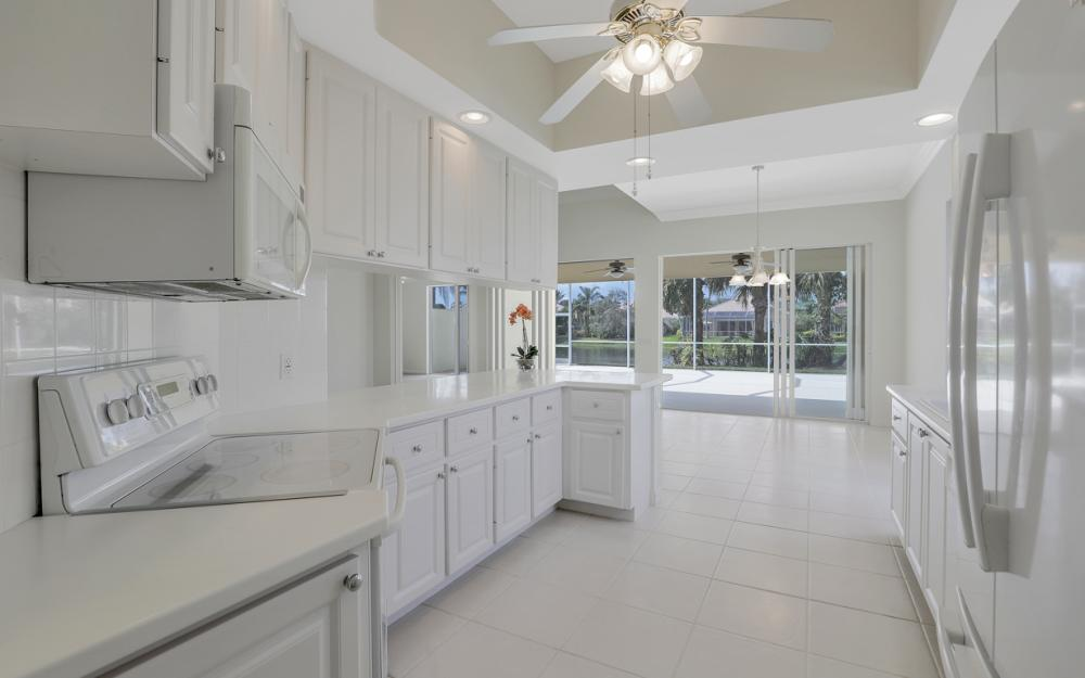 2984 Gilford Way, Naples - Home For Sale 1022715434