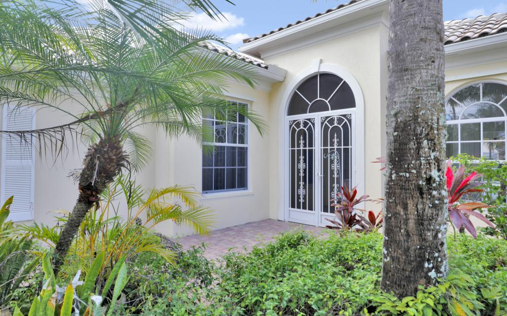 2984 Gilford Way, Naples - Home For Sale 1912002300