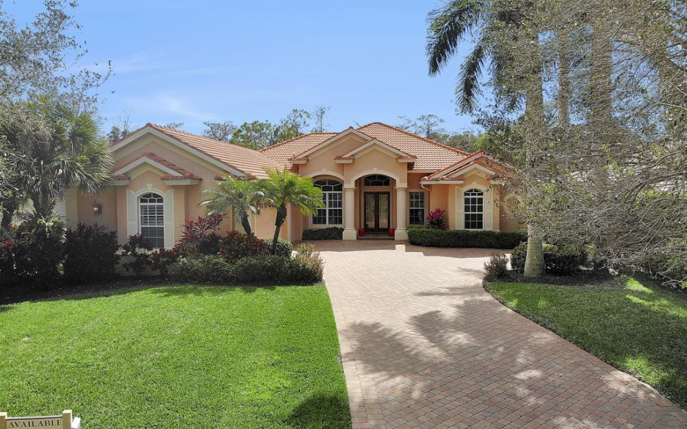 9290 Cedar Creek Dr, Bonita Springs - Home For Sale 126809164