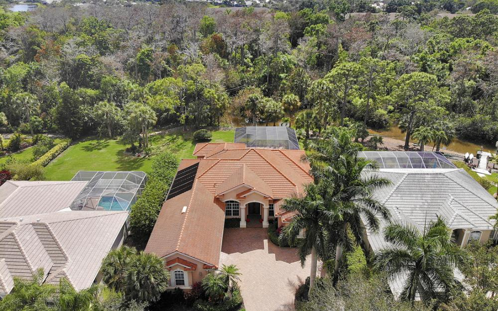 9290 Cedar Creek Dr, Bonita Springs - Home For Sale 732404972