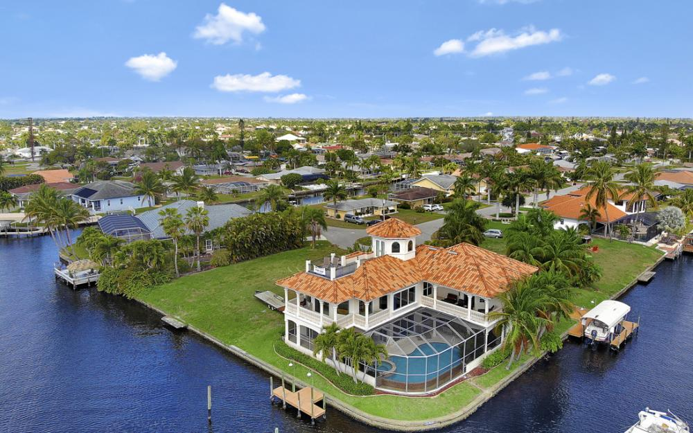 5384 Colony Ct, Cape Coral - Home For Sale 67611175
