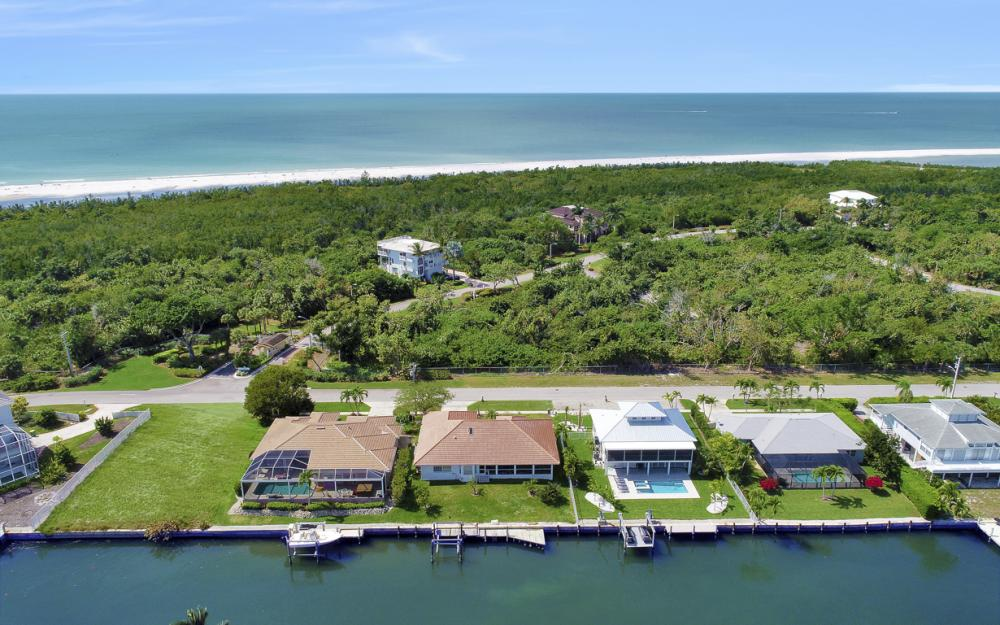 625 Spinnaker Dr, Marco Island - Home For Sale 654126502