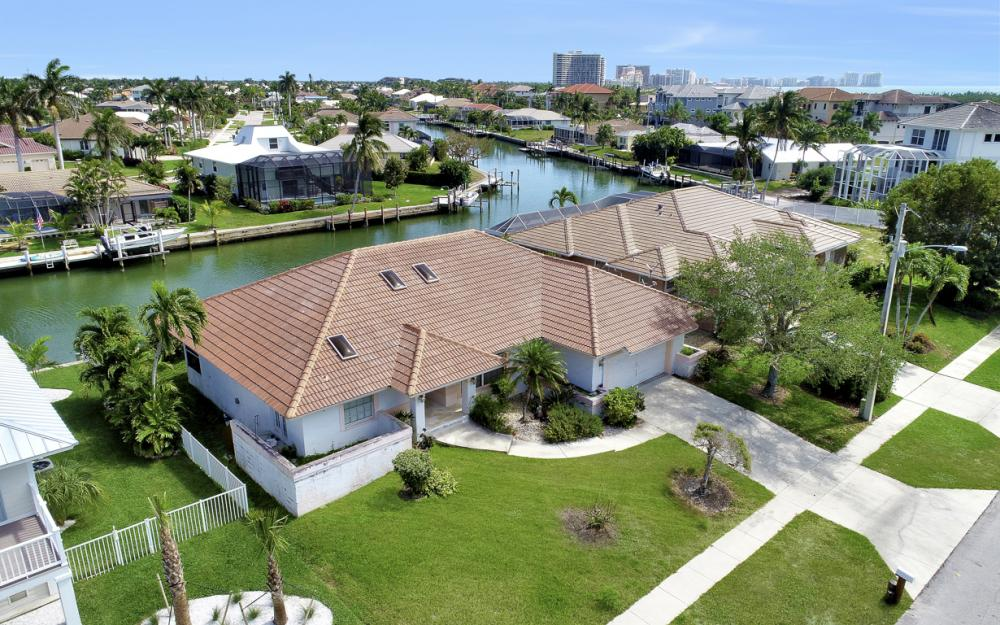 625 Spinnaker Dr, Marco Island - Home For Sale 1725171930