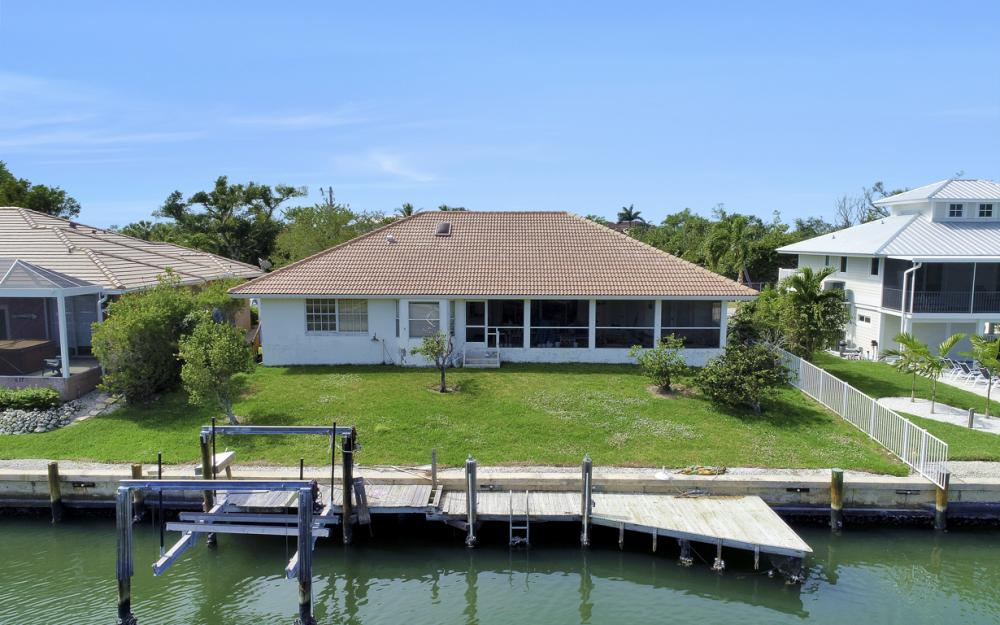 625 Spinnaker Dr, Marco Island - Home For Sale 569542447