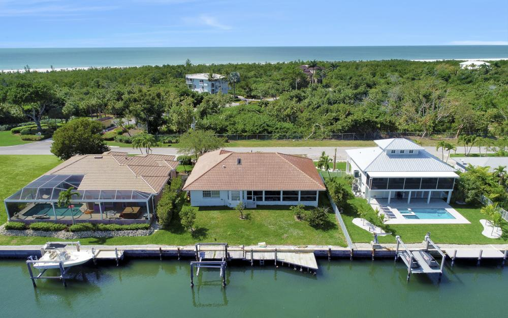 625 Spinnaker Dr, Marco Island - Home For Sale 8128035