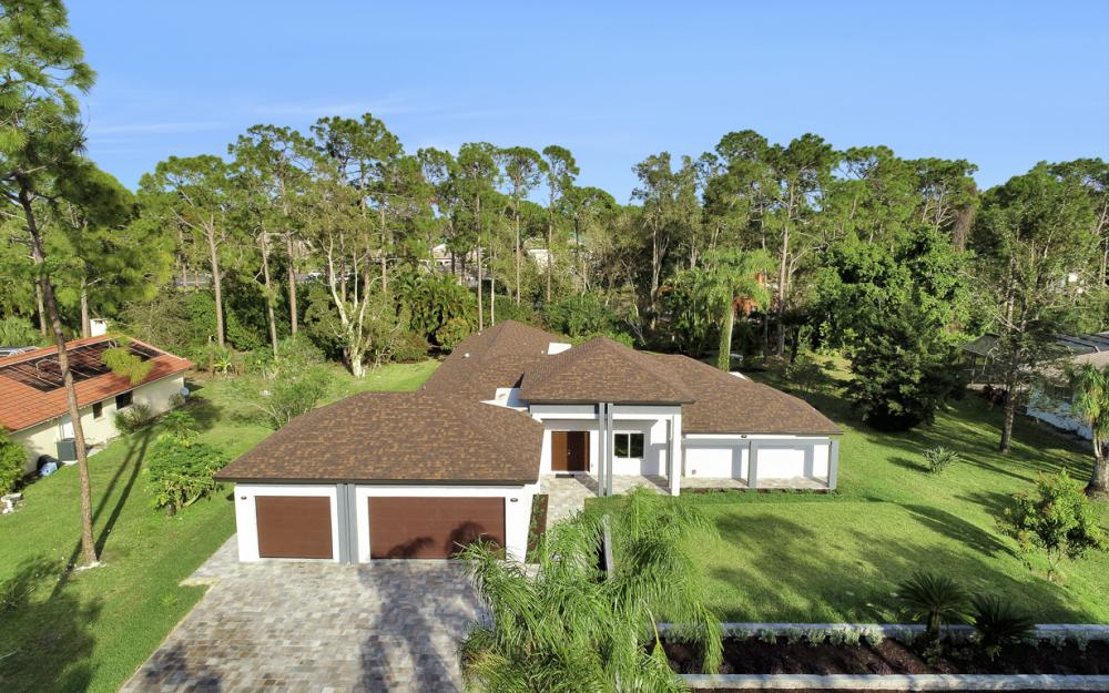 13543 Pine Villa Ln, Fort Myers - Home For Sale 946618175