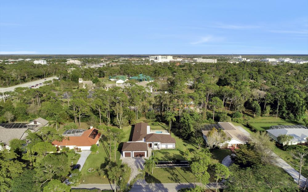 13543 Pine Villa Ln, Fort Myers - Home For Sale 249399801