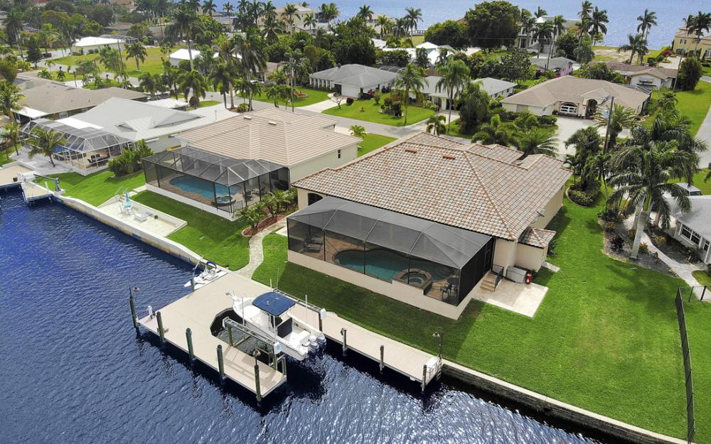 405 Coral Dr, Cape Coral - Home For Sale 878595647