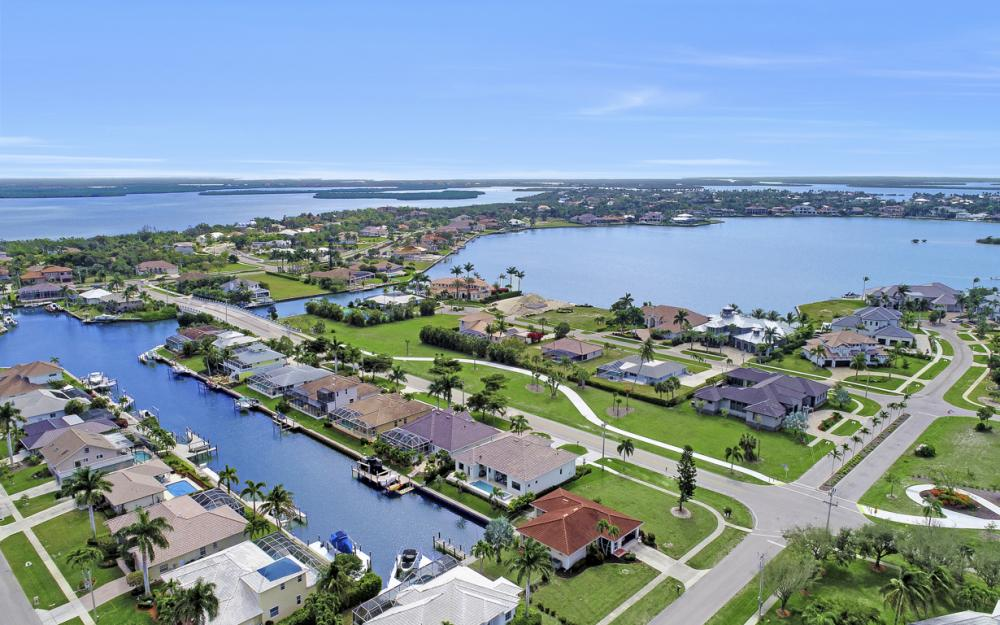 1610 Winterberry Dr, Marco Island - Home For Sale 1160885187