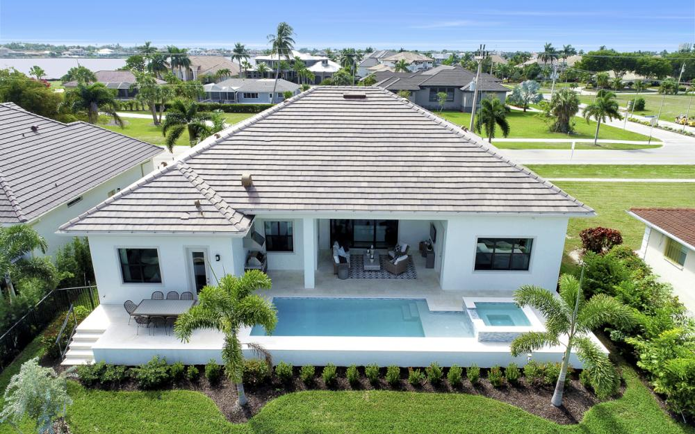 1610 Winterberry Dr, Marco Island - Home For Sale 620458778