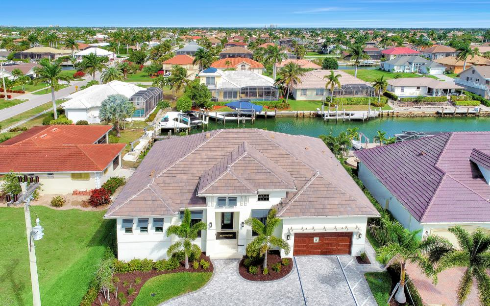 1610 Winterberry Dr, Marco Island - Home For Sale 2080863564