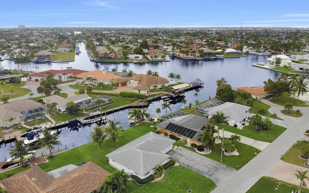 5224 Seagull Ct, Cape Coral - Home For Sale 2088188014