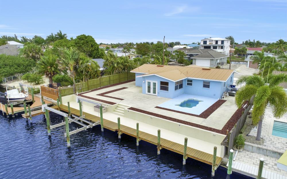 12179 Boat Shell Dr, Matlacha Isles - Home For Sale 841016842