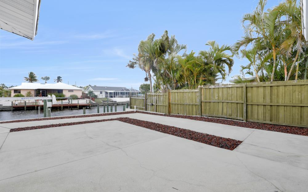 12179 Boat Shell Dr, Matlacha Isles - Home For Sale 171739045
