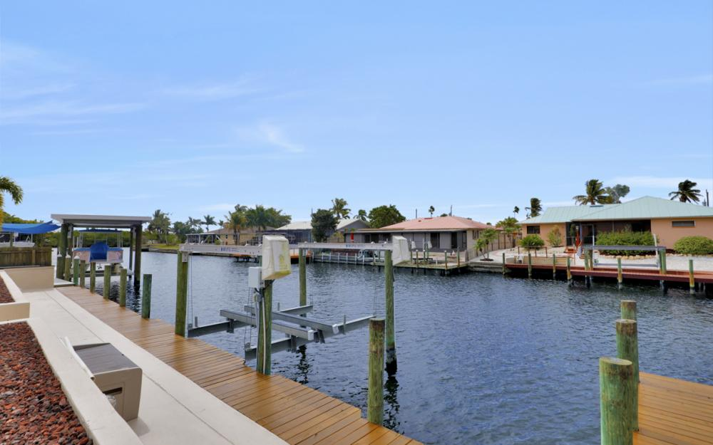 12179 Boat Shell Dr, Matlacha Isles - Home For Sale 426350280