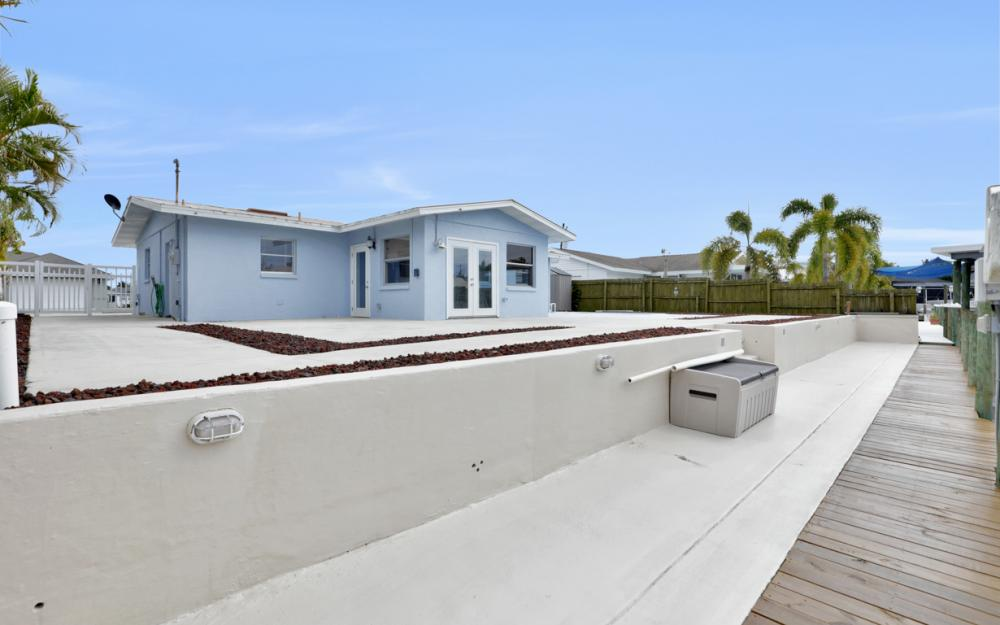 12179 Boat Shell Dr, Matlacha Isles - Home For Sale 713277697