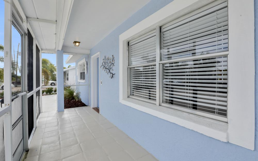 12179 Boat Shell Dr, Matlacha Isles - Home For Sale 195550357