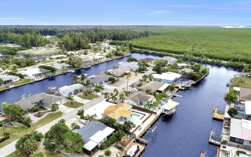 12179 Boat Shell Dr, Matlacha Isles - Home For Sale 917361921