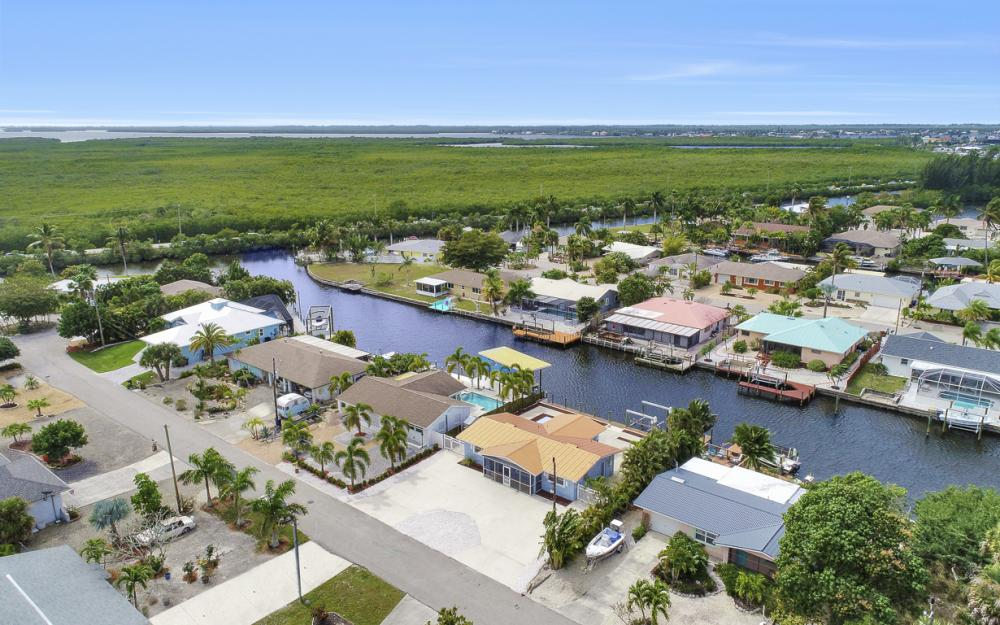 12179 Boat Shell Dr, Matlacha Isles - Home For Sale 873467288
