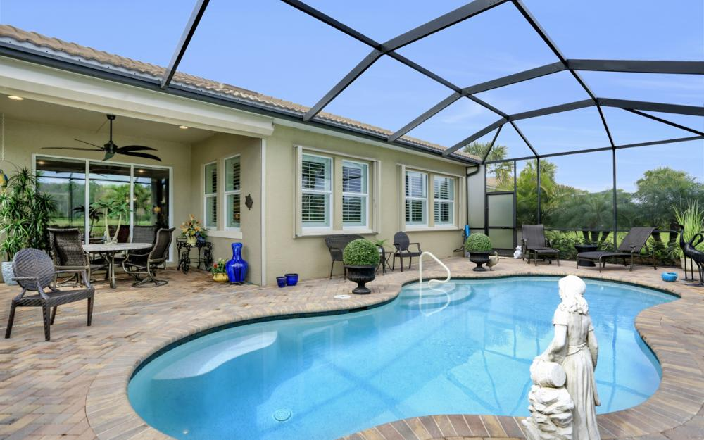 10600 Carena Cir, Fort Myers - Home For Sale 329077554