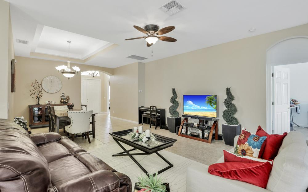 7432 Sika Deer Way, Fort Myers - Home For Sale 1087447415