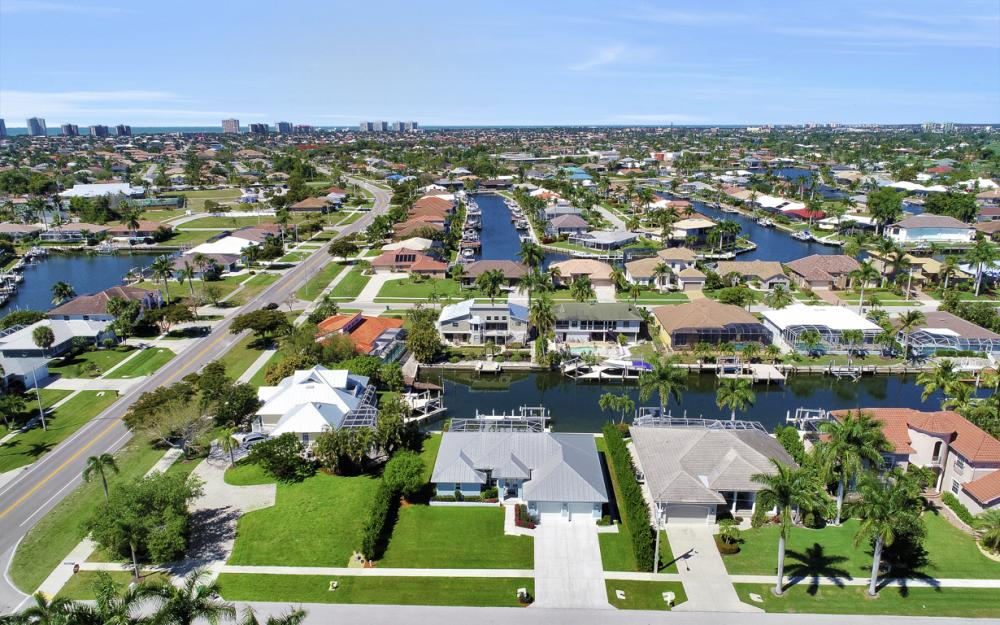 20 Algonquin Ct, Marco Island - Home For Sale 907766354