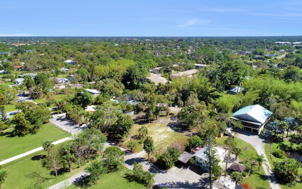 10720 Goodwin St, Bonita Springs - Lot For Sale 1147870358