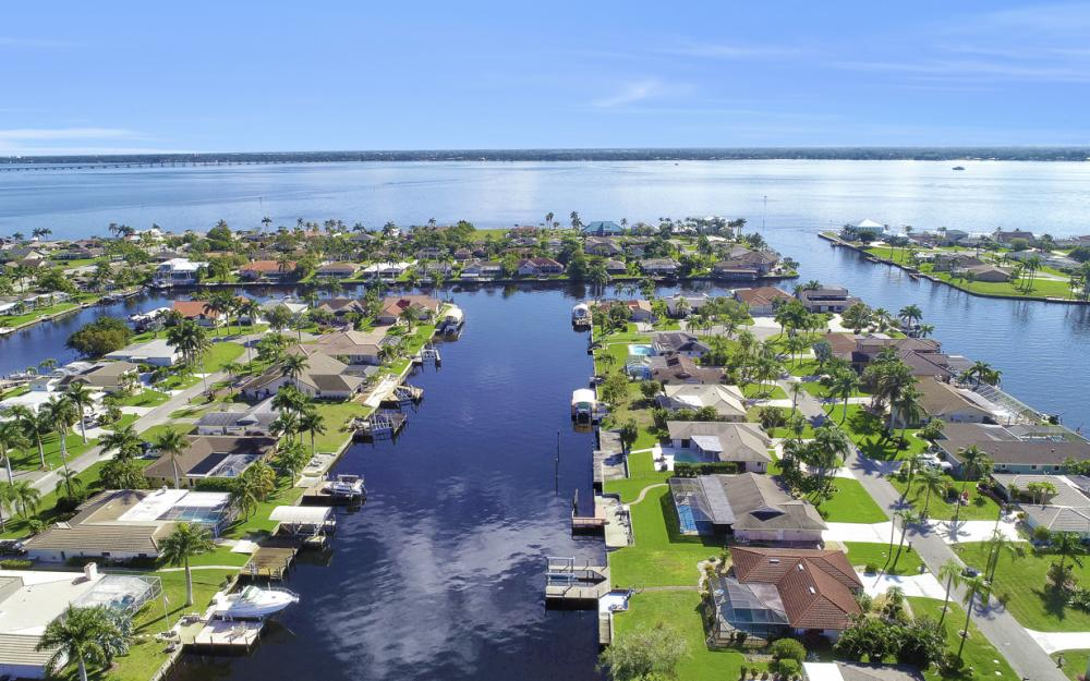 1933 SE 36th St, Cape Coral - Home For Sale 1108865979