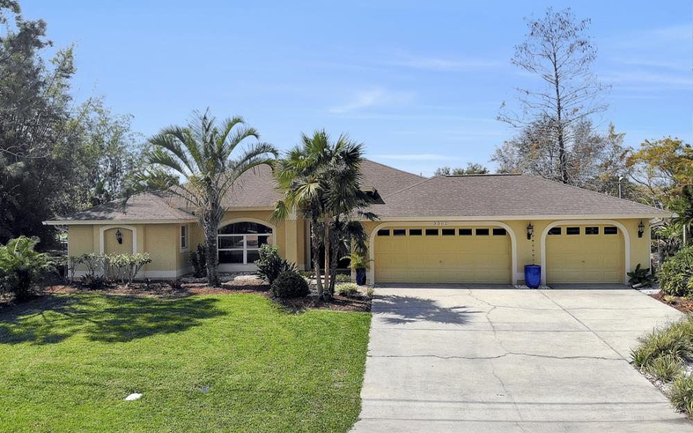 3302 SW 1st Pl, Cape Coral - Home For Sale 2000205456