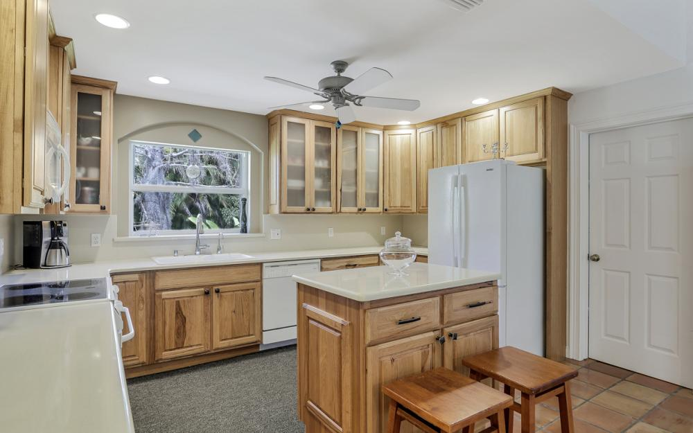 3302 SW 1st Pl, Cape Coral - Home For Sale 1192086786