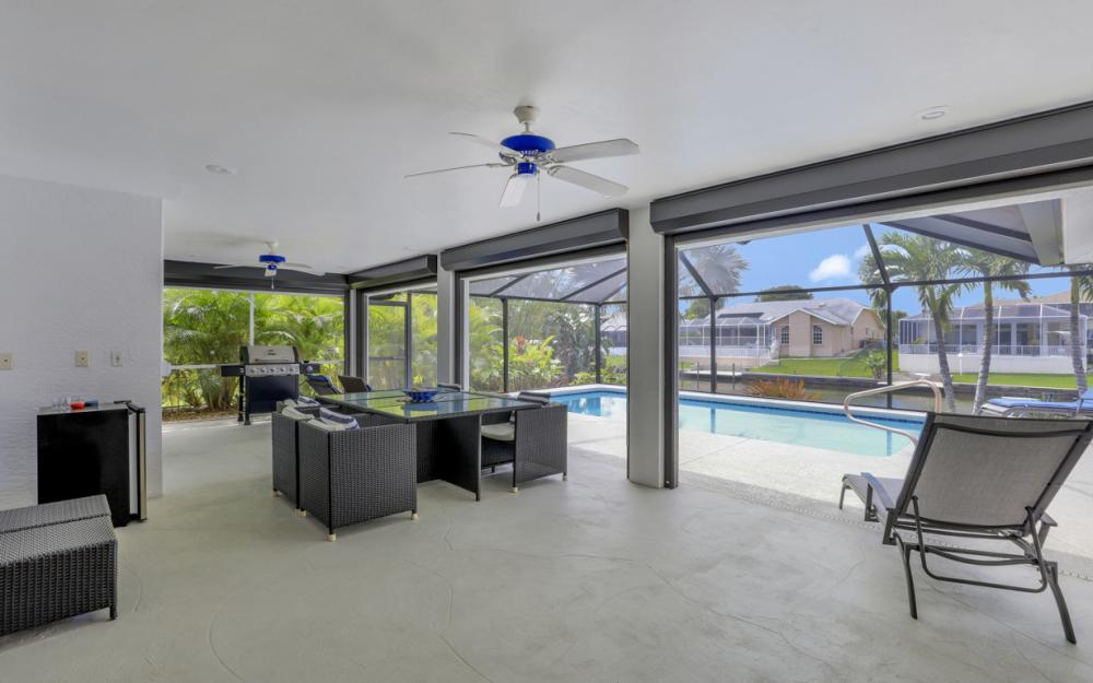 3302 SW 1st Pl, Cape Coral - Home For Sale 1310713370