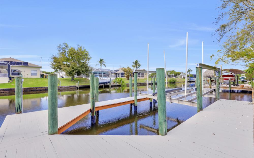 3302 SW 1st Pl, Cape Coral - Home For Sale 348414341