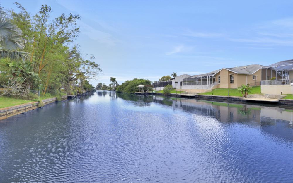 3302 SW 1st Pl, Cape Coral - Home For Sale 1236496417