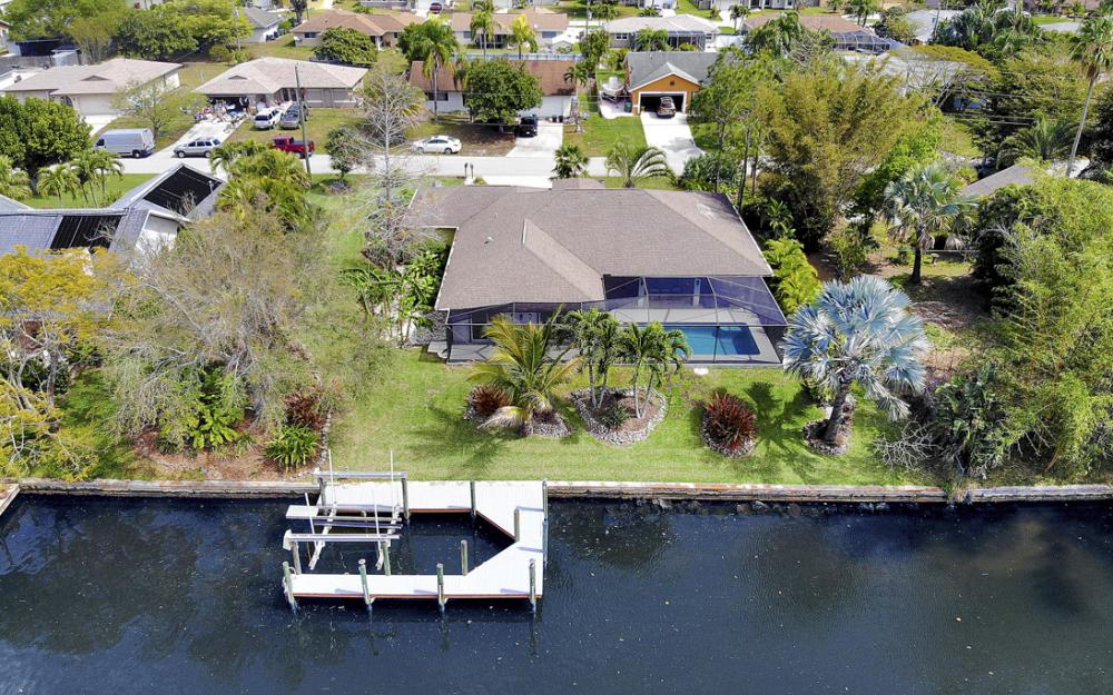 3302 SW 1st Pl, Cape Coral - Home For Sale 1746594953