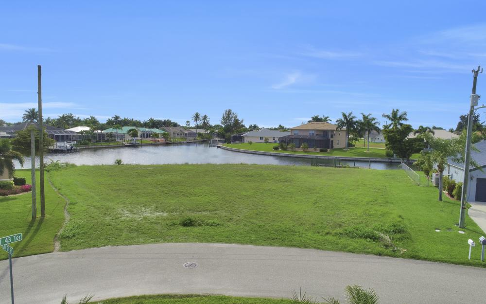 4324 SW 21st Pl, Cape Coral - Lot For Sale 2004824927