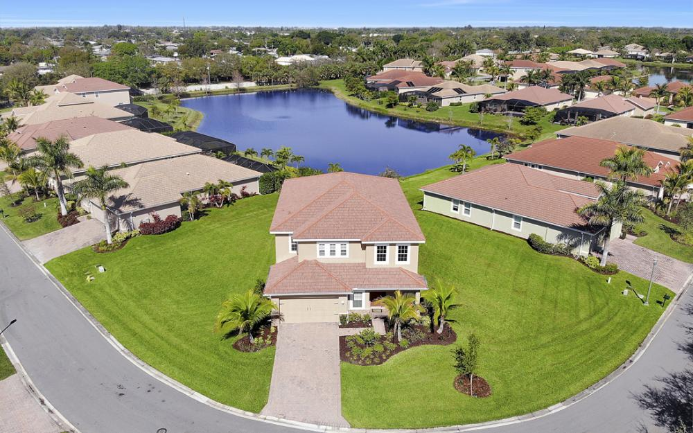 12631 Blue Banyon Ct, North Fort Myers - Home For Sale 442803803